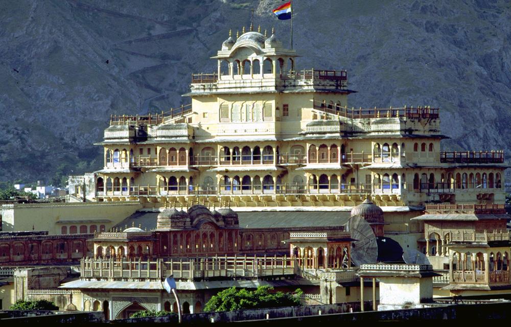 Visit the City Palace at Jaipur - Taj Voyages